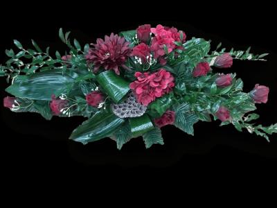 Puokštė iš dirbtinių gėlių